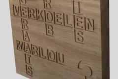 Naambord-voordeur-eikenhout-met-lettervakken